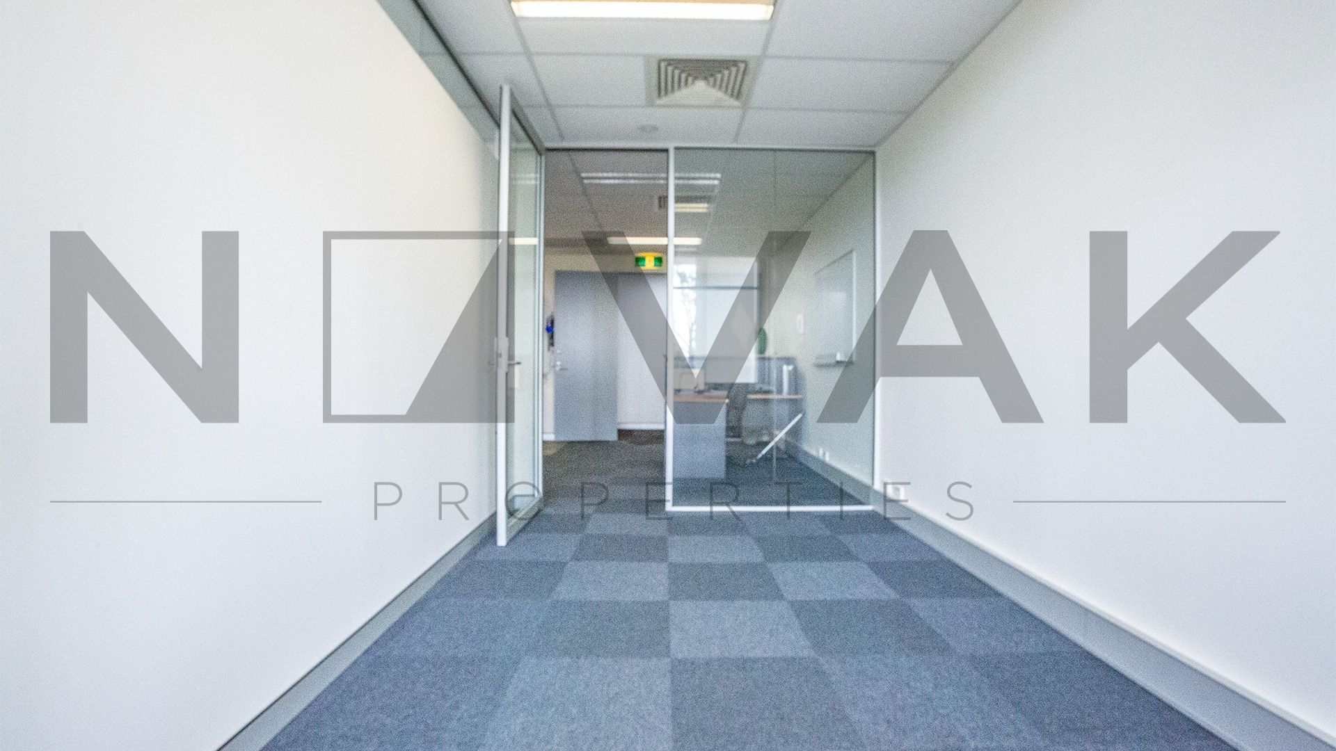 MODERN & PROFESSIONAL OFFICE SUITE