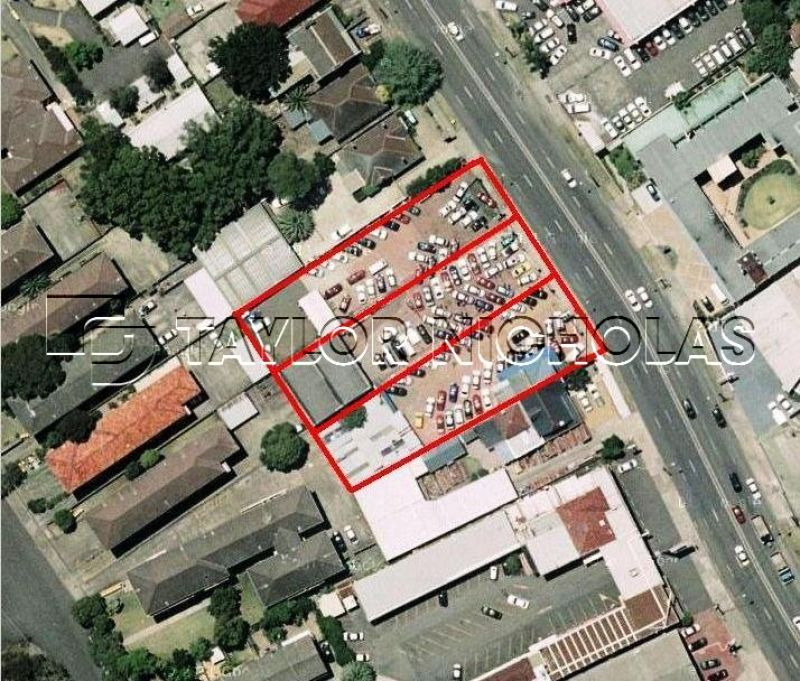 3,000m2 - MUST BE SOLD!