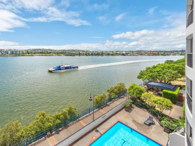 Direct Riverfront Executive Rental - Fully Furnished and Beautiful views