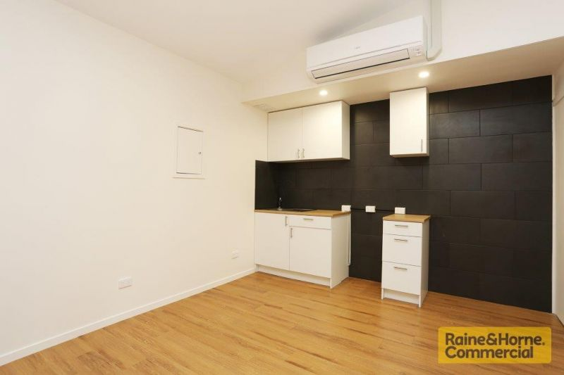 100sqm Affordable Unit with Top Quality Modern Fit Out