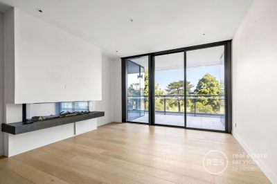 Live in the Best Apartment in Melbourne's Best Inner Suburb
