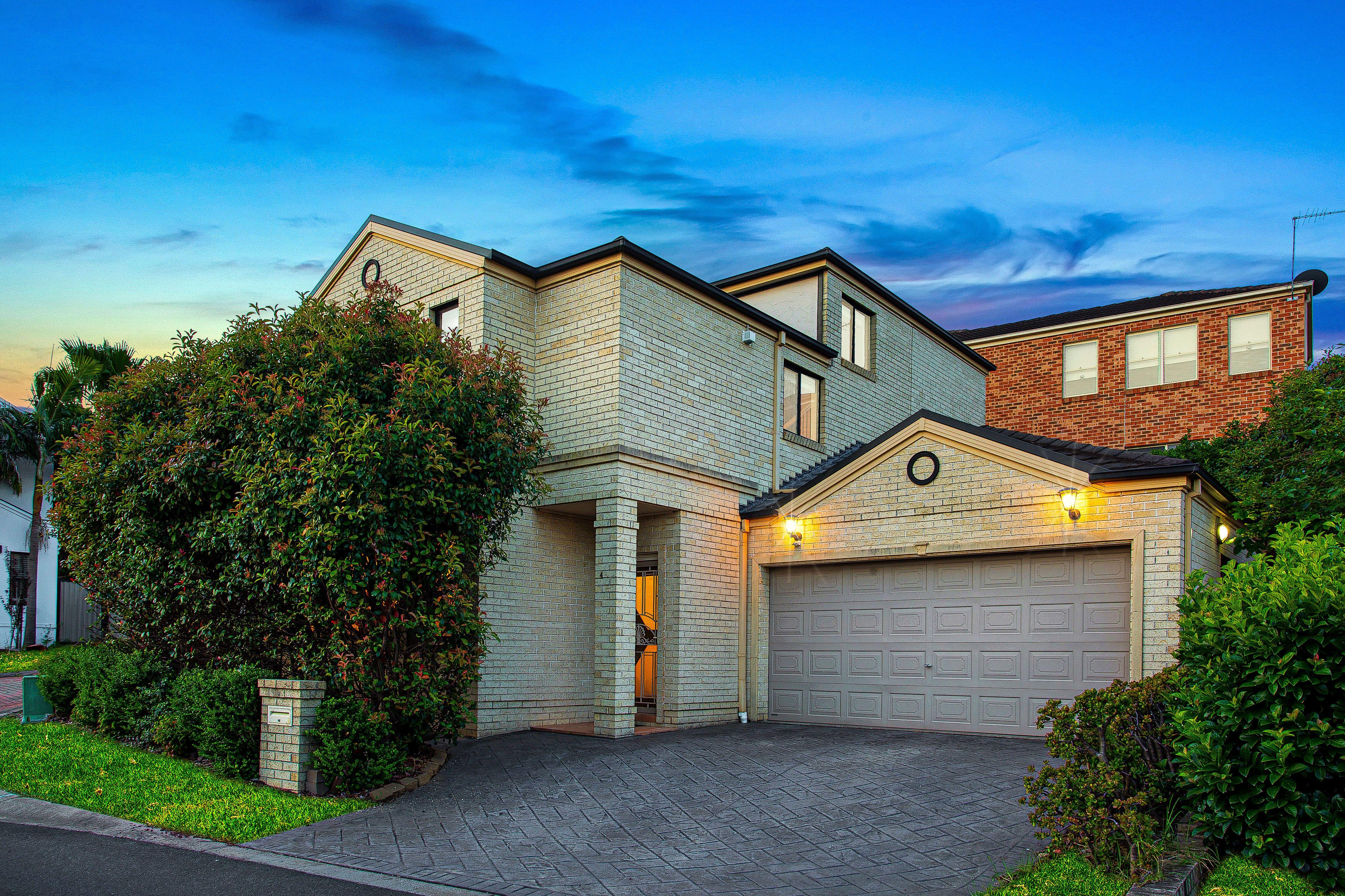 4 Regiment Grove, Winston Hills NSW 2153