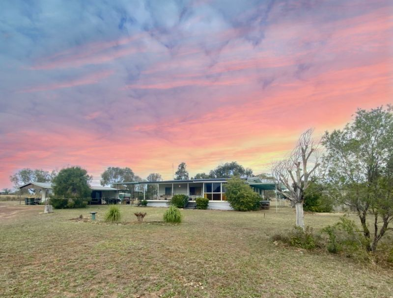 5.4 ACRES, HOME, GRANNY FLAT, DAM, HORSE PADDOCK . . . and much more