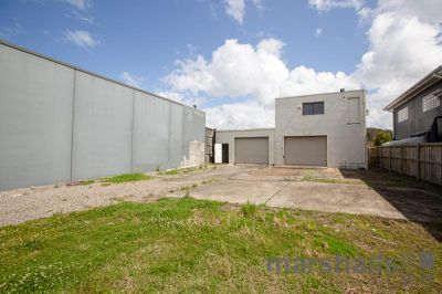 Industrial Shed Close to Belmont CBD