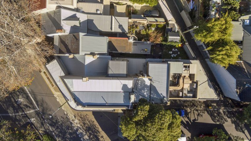 Prominent corner freehold investment - SOLD PRIOR TO AUCTION