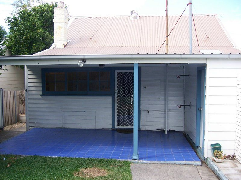 4 Francis Street, TIGHES HILL