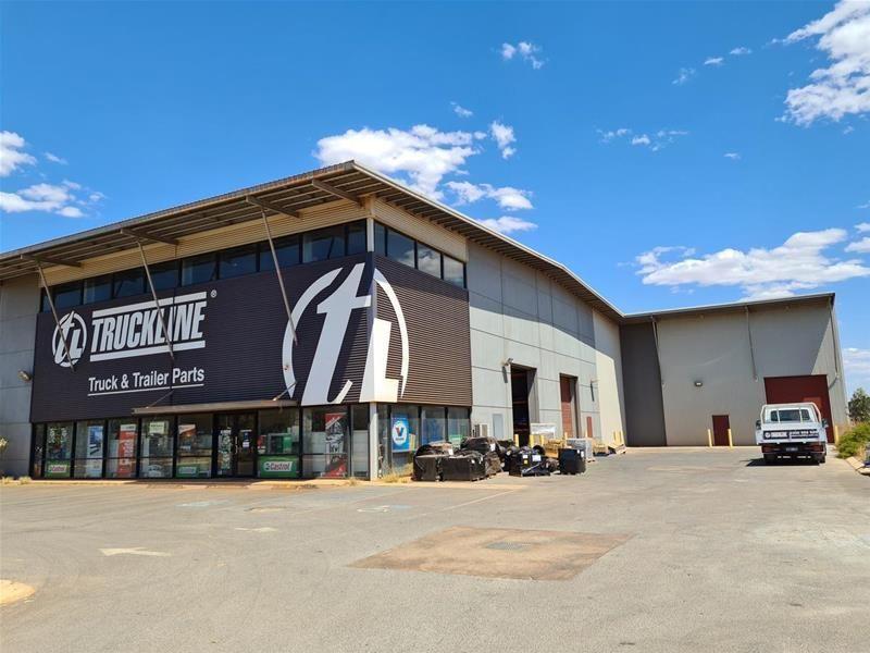 Near new Industrial Unit