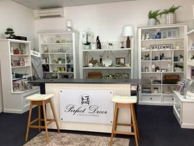 PLUG & PLAY OPPORTUNITY IN PROMINIENT RETAIL PRECINCT!
