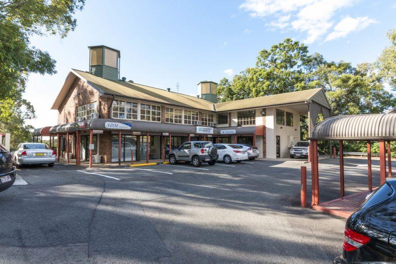 Landmark Retail / Commercial Complex — Substantial Income Return