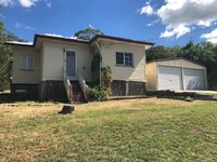 AUCTION - MOUNT LARCOM HOME