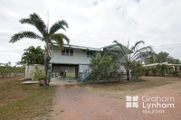 Highset family home with shed and pool 4473sqm