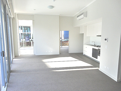 Modern and Stylish Two-Bedroom Close to Rhodes Shopping Centre Plus a Huge Private Courtyard!