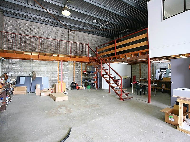 168 SQM* OFFICE/WAREHOUSE IN HIGH DEMAND LOCATION