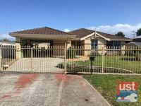 ONE WEEKS FREE RENT - 9 O'Meehan Green USHER WA 6230