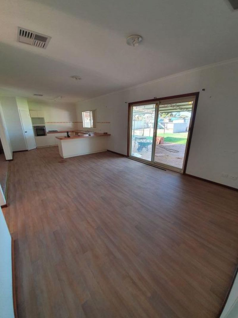 For Sale By Owner: 51 Polaris St, Southern Cross, WA 6426