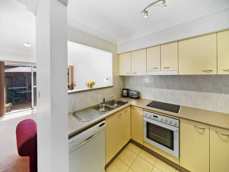 8/2 Station Avenue Concord West 2138