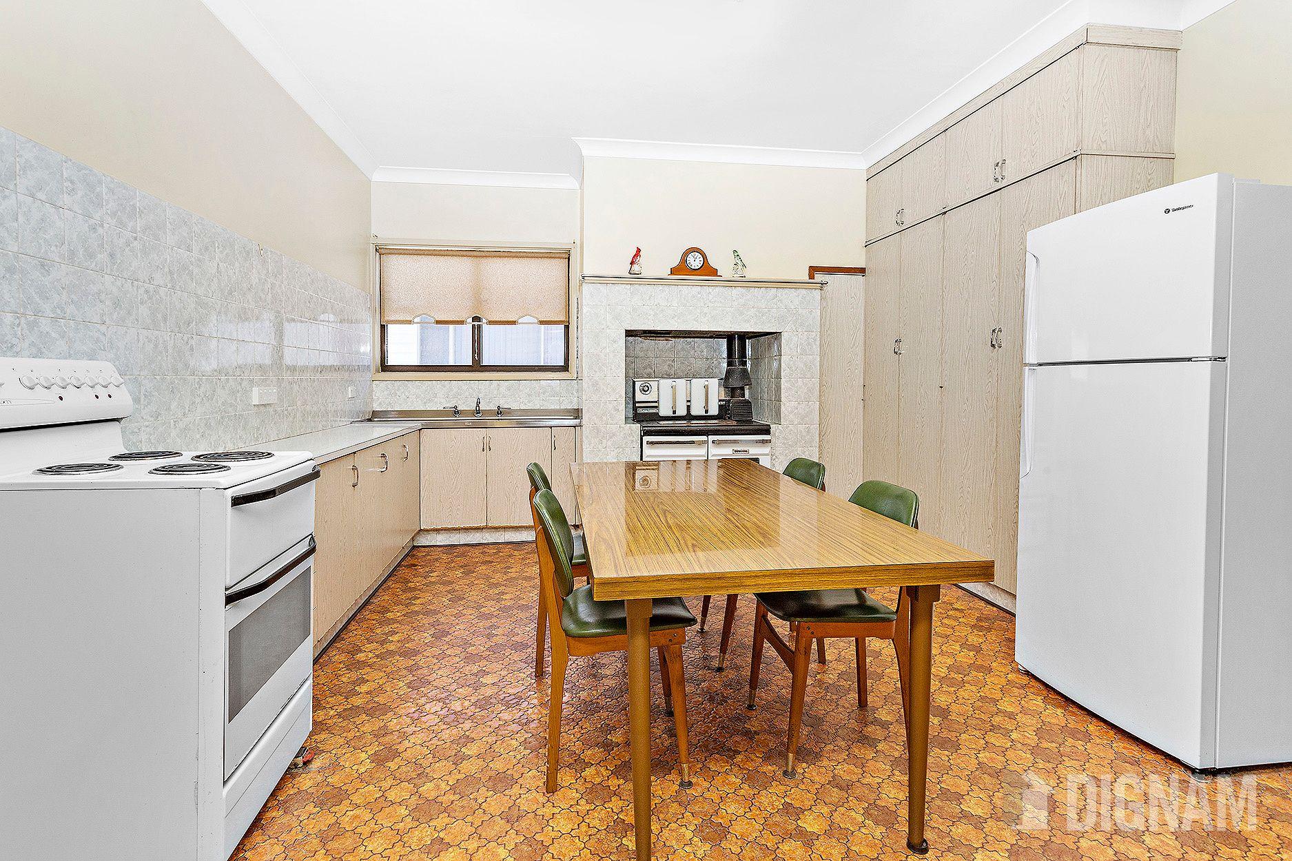 24 Willcath Street, Bulli NSW