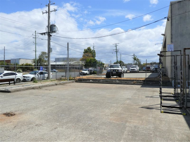 279m2* Freestanding Warehouse On 1,012m2* Of Fenced Land