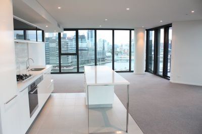 Stunning furnished 15th floor gem