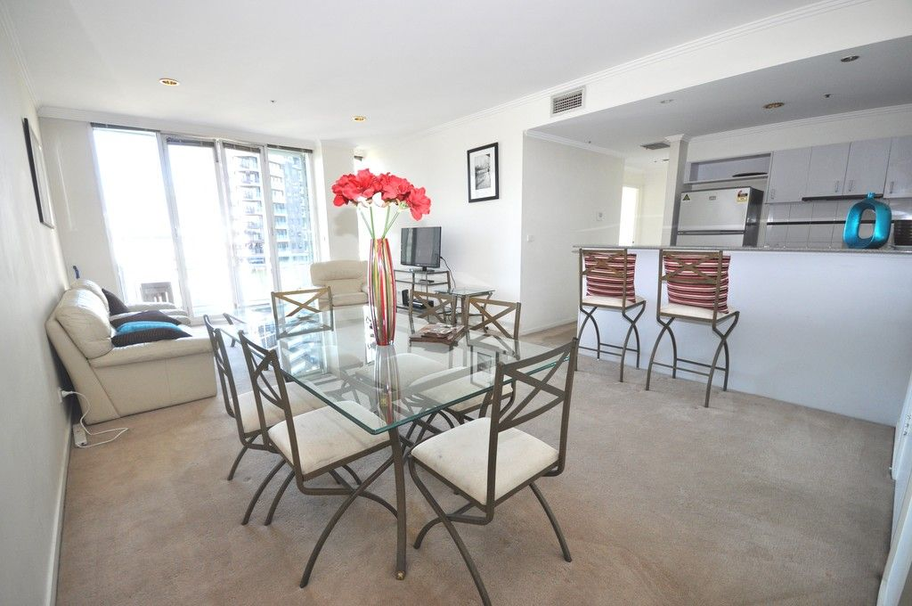 28 Southgate : Furnished Two Bedroom - Magnificent Melbourne At Your Doorstep!