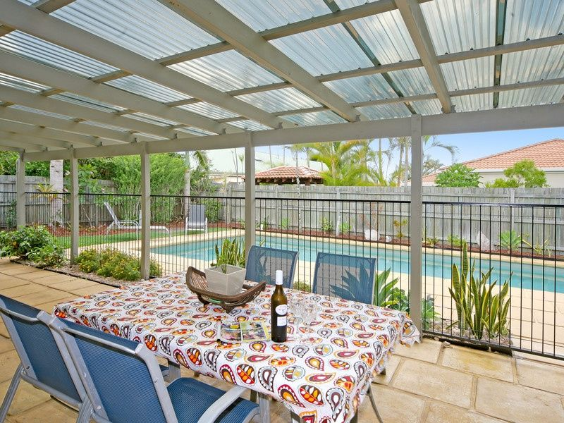 8 Helm Court, Noosaville QLD 4566