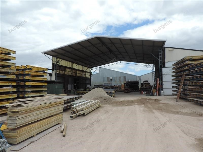 High Quality Hardstand Site in The Heart of Welshpool
