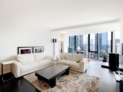 Southbank One: 33rd Floor - Live in Style!