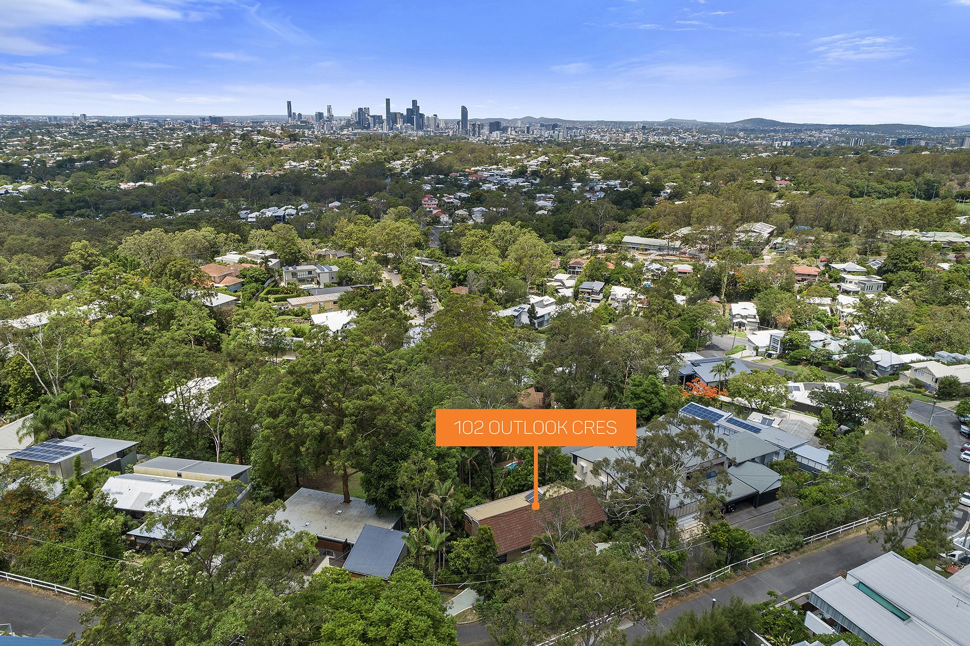 100 Outlook Crescent Bardon 4065