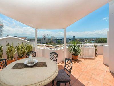 Huge 63sqm Sky Deck - Stunning 270 Degree Views