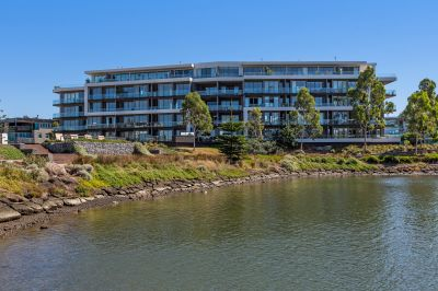 Mortgagee in possession - Stylish, ground floor, Marina Apartment with a view!