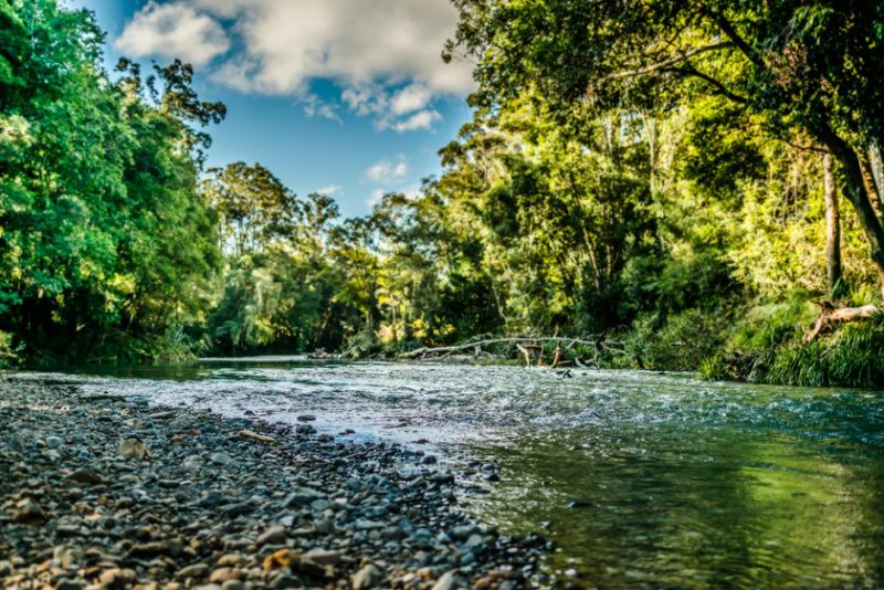 10Ha with Never Never River Frontage