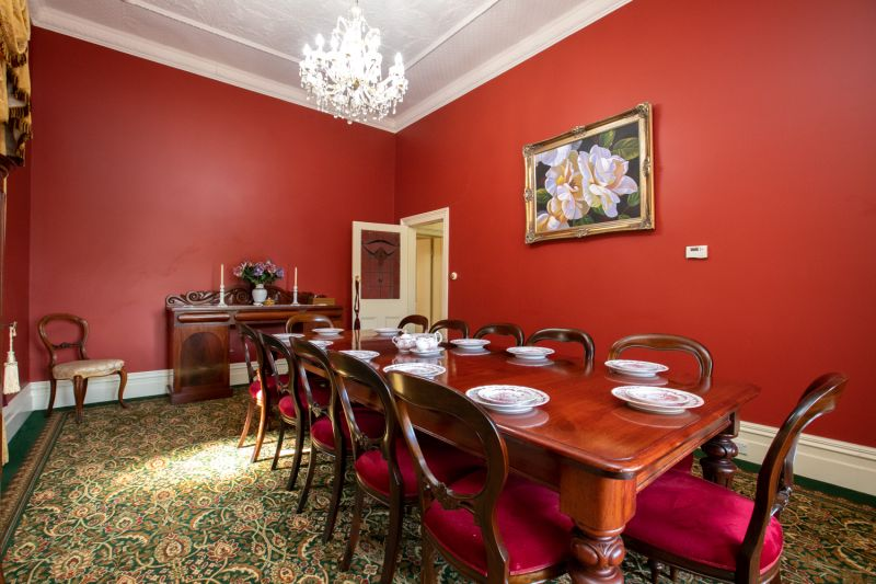 A Great Position – Accommodation, Office Space, Consulting Rooms