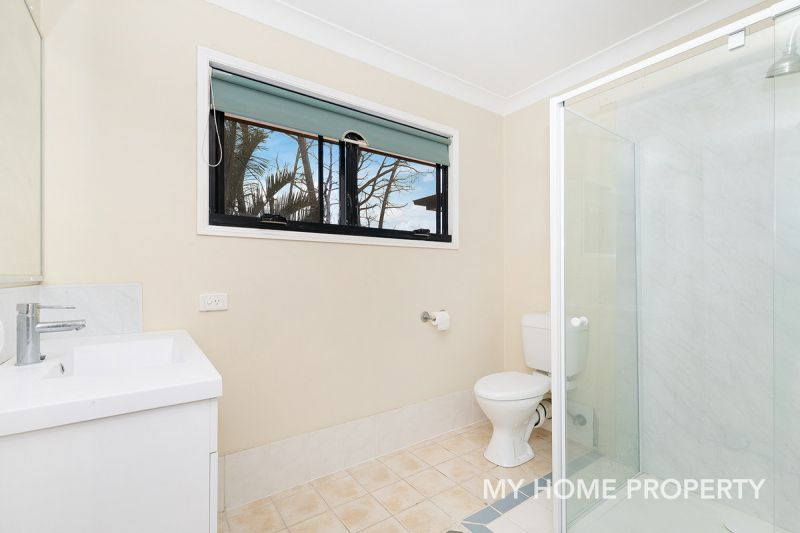 AMAZING GROUND LEVEL TWO STORY UNIT THIS PROPERTY IS A MUST SEE