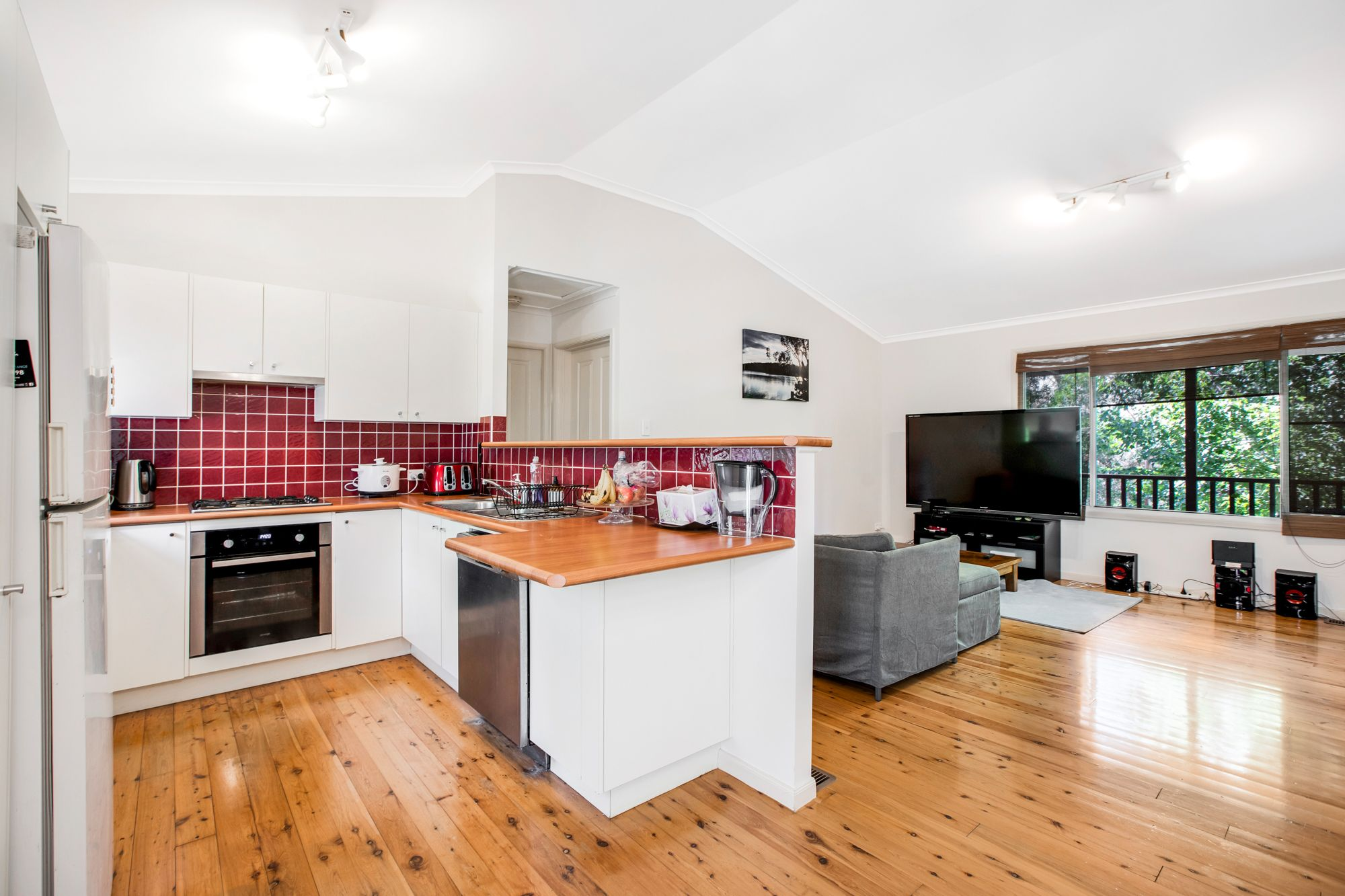 30 Banksia Road Wentworth Falls 2782