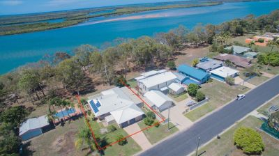 YOUR DREAM LIFESTYLE AWAITS! FISHING & CRABBING AT YOUR BACKDOOR!