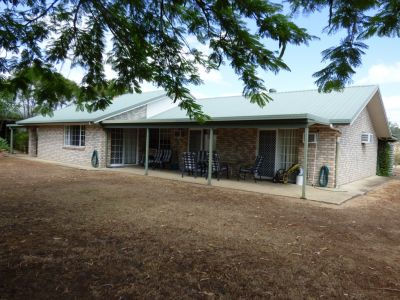 5 ACRE RURAL RETREAT WITH THE LOT!