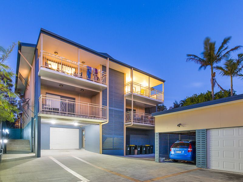 Stunning Panoramic Views of Brisbane in a Leafy Street!>