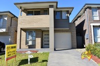 AMAZING 4 BEDROOM HOME IN A FANTASTIC LOCATION!