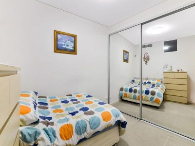 Absolutely Super Quite North Facing Apartment !! Anytime For Inspection.