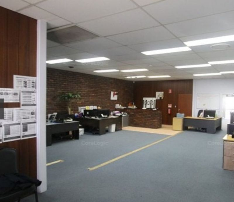 OFFICE OR MEDICAL - GROUND FLOOR