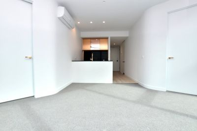 Aurora: 24th Floor - Modern and Stunning Two Bedroom Apartment!