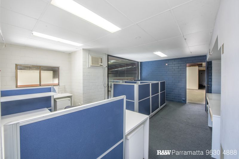 LEASED BY ROCCO RANIERI 0412 242 184 - R&W PARRAMATTA
