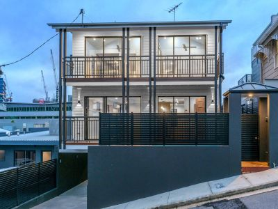 EXCLUSIVE ULTRA MODERN 3 BED INNER CITY HOME