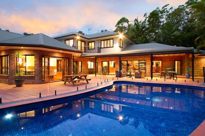 'GLENDALES' A MAGNIFICENT EXECUTIVE RESIDENCE