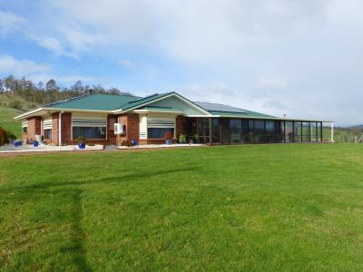 Relaxing acreage property on 76 Acres