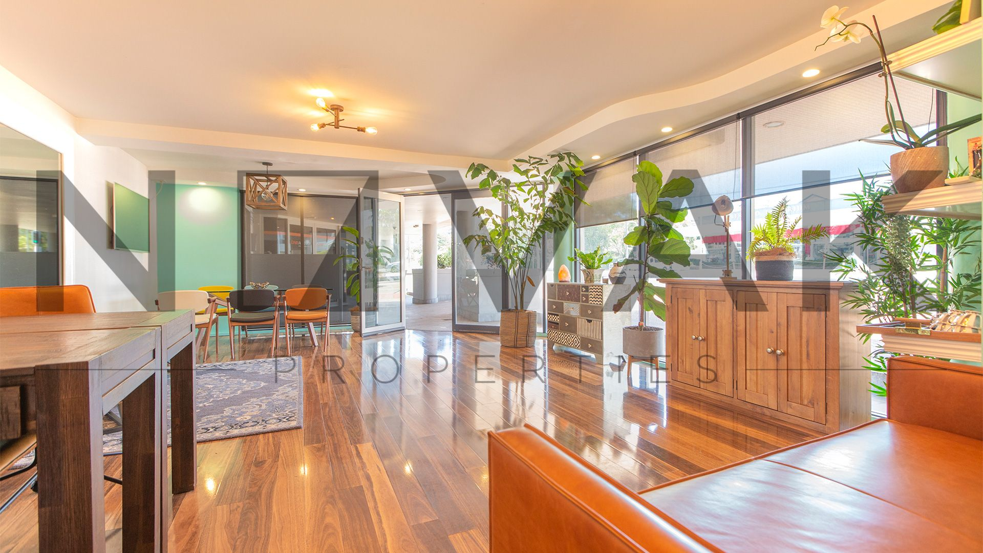 NEW CO-WORKING SPACE IN COLLAROY - TAKE IT BEFORE IT GOES!