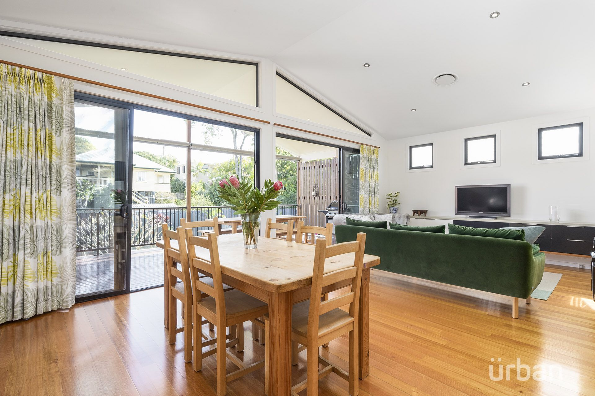 19 Morgan Terrace Bardon 4065