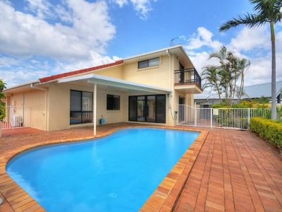 4 Bedroom Waterfront Home with a Pool!!
