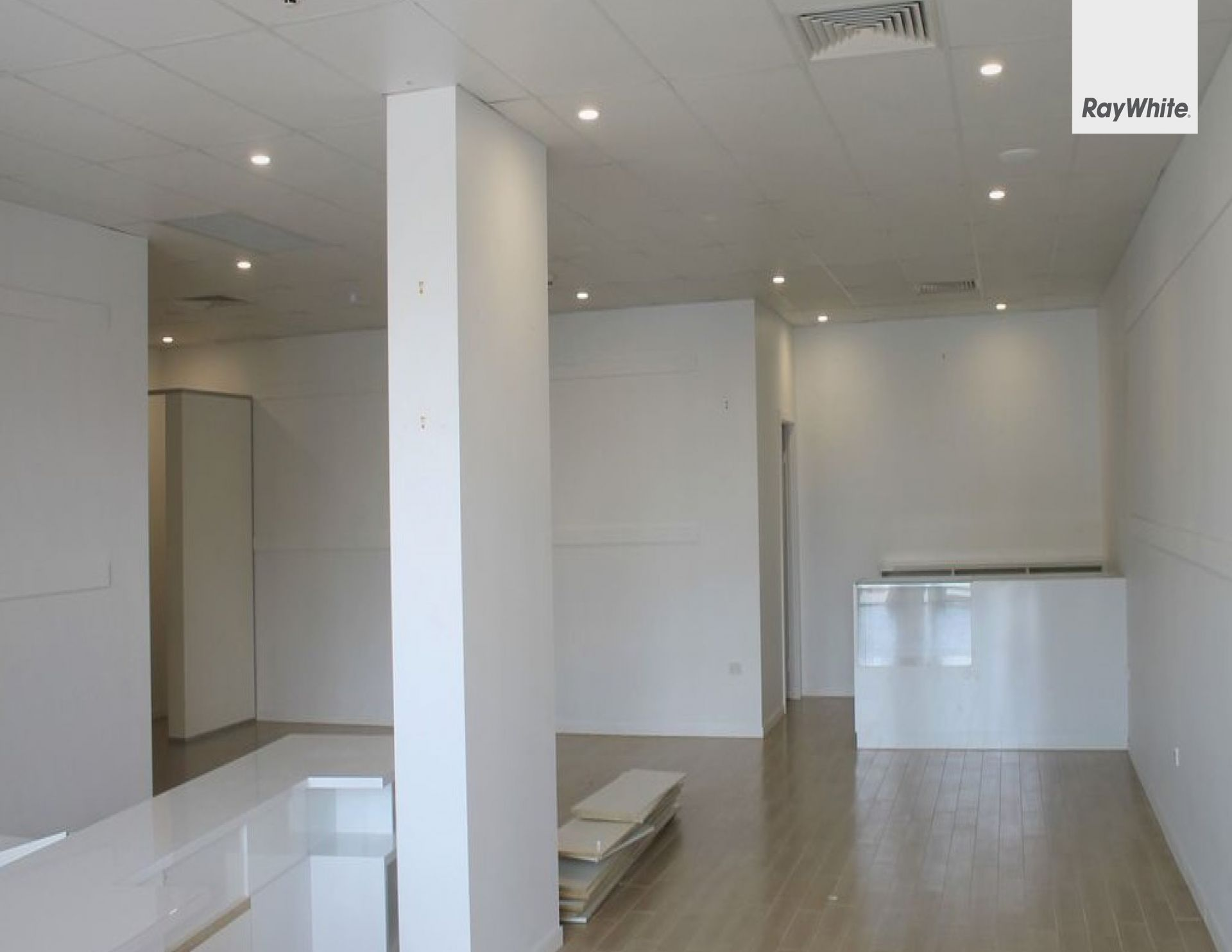 MODERN RETAIL TENANCY LOCATED IN THE TRENDY CHIRN PARK