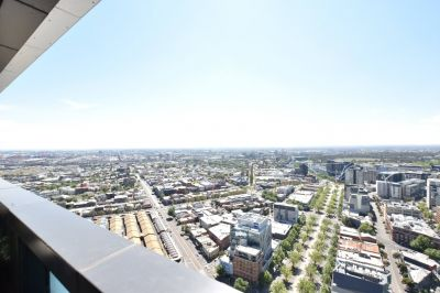 Vision: 41st Floor - Stunning Two Bedroom Apartment in a Fantastic Location!